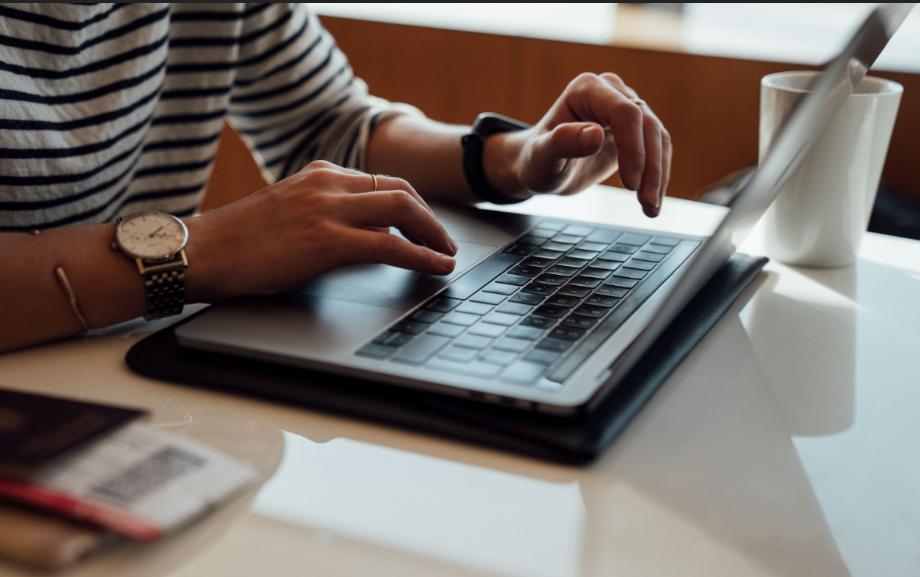 Coursera: el gobierno porteño dará acceso a más de 300 cursos gratuitos
