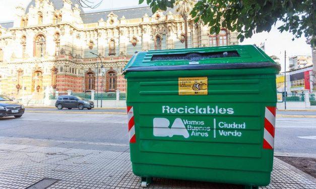 Medioambiente: la Ciudad instaló contenedores verdes de reciclado cada 150 metros