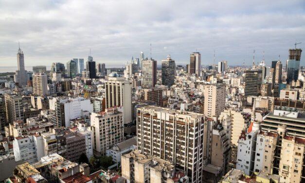 Entre las ciudades más caras de la región para comprar una propiedad, ¿qué lugar ocupa Buenos Aires?